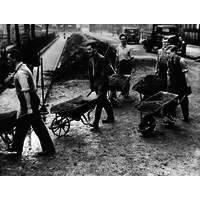 Wartime digging in Queen Square