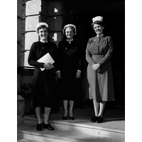 Three Nurses on the steps of the Hospital, inlcuding Isobel Cummings