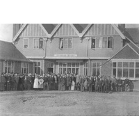 Colonist group outside Eleanor House